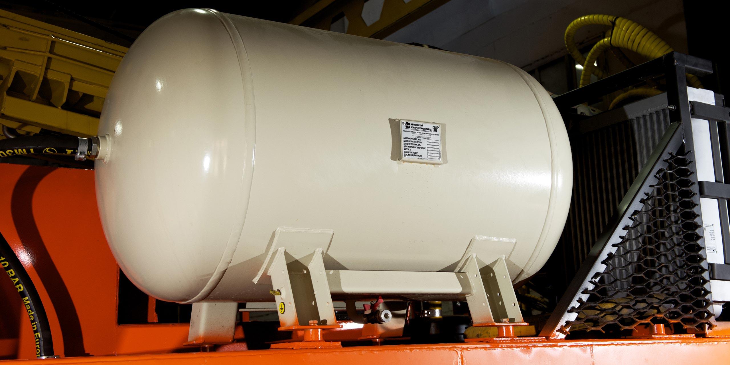 Установка буровая гидромеханизированная УБГМ-1А со статикой на базе многоцелевого снегоболотохода КТМ-11В