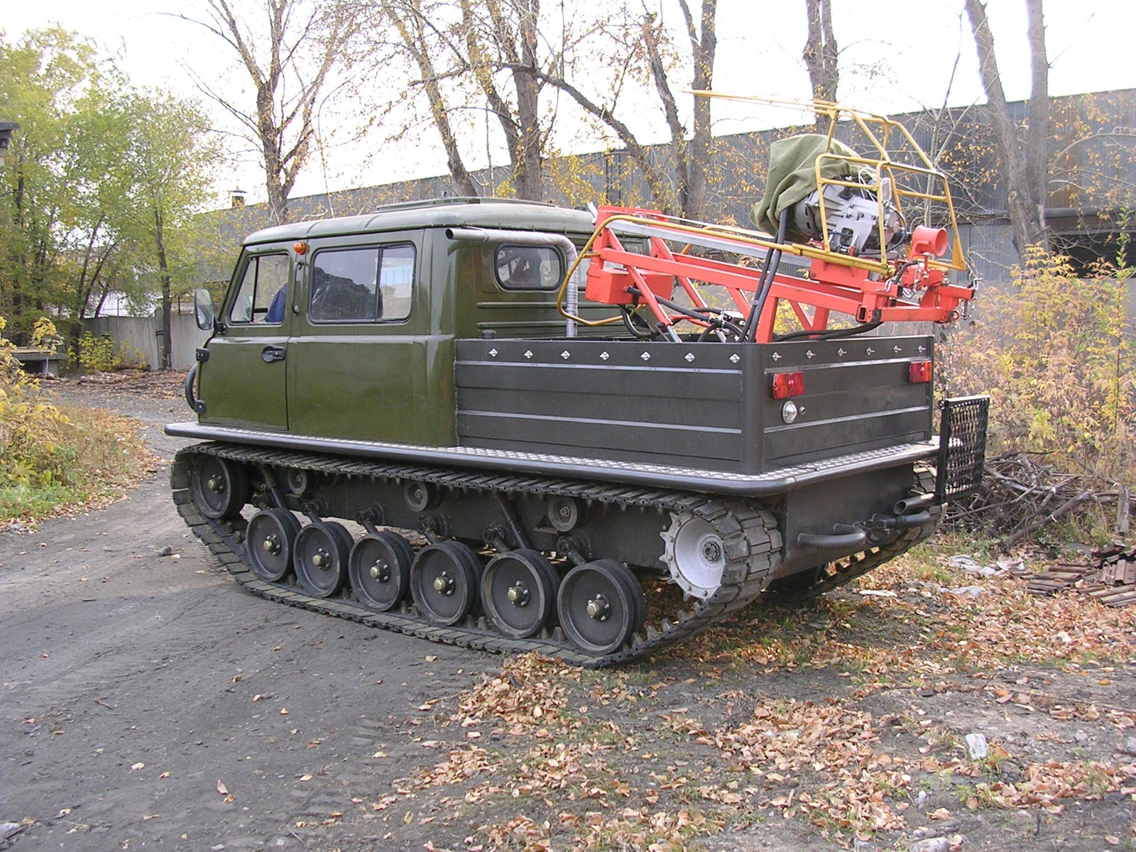 Установка буровая шнековая малогабаритная УБШМ-1-13 на базе УАЗ Узола