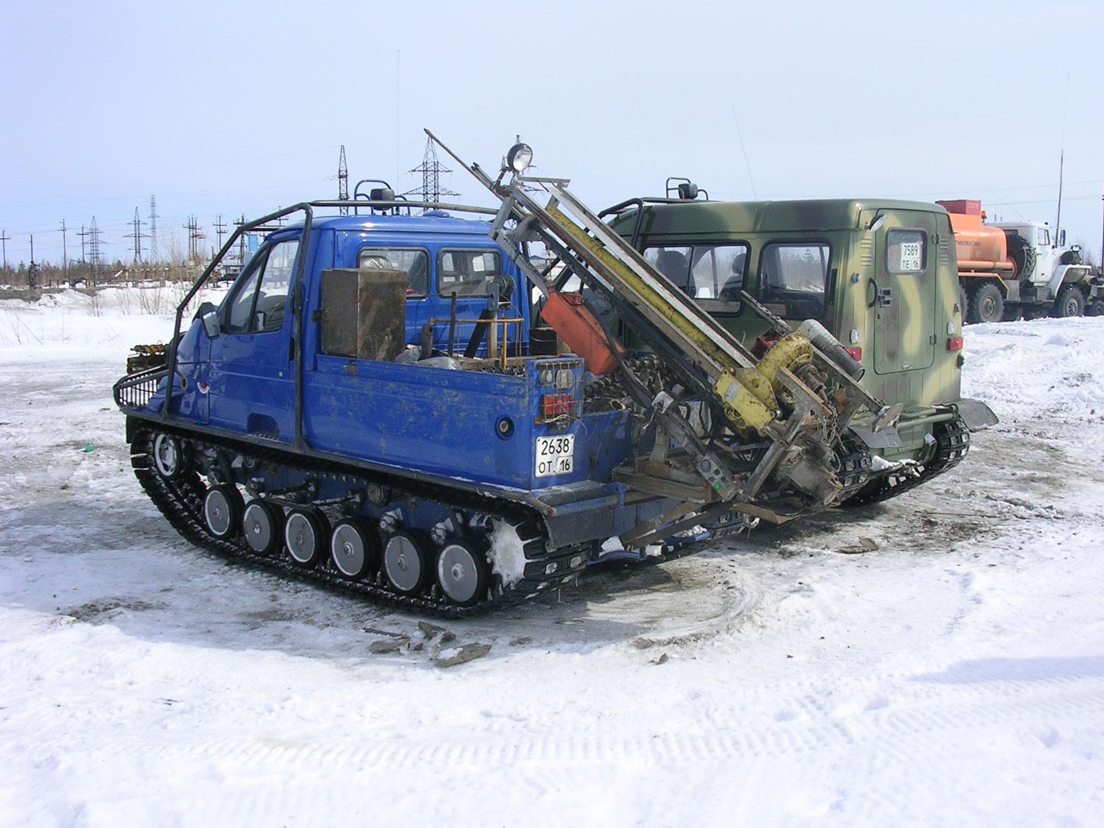 Установка буровая шнековая малогабаритная УБШМ-1-20 на базе ГАЗ 34091 БОБР