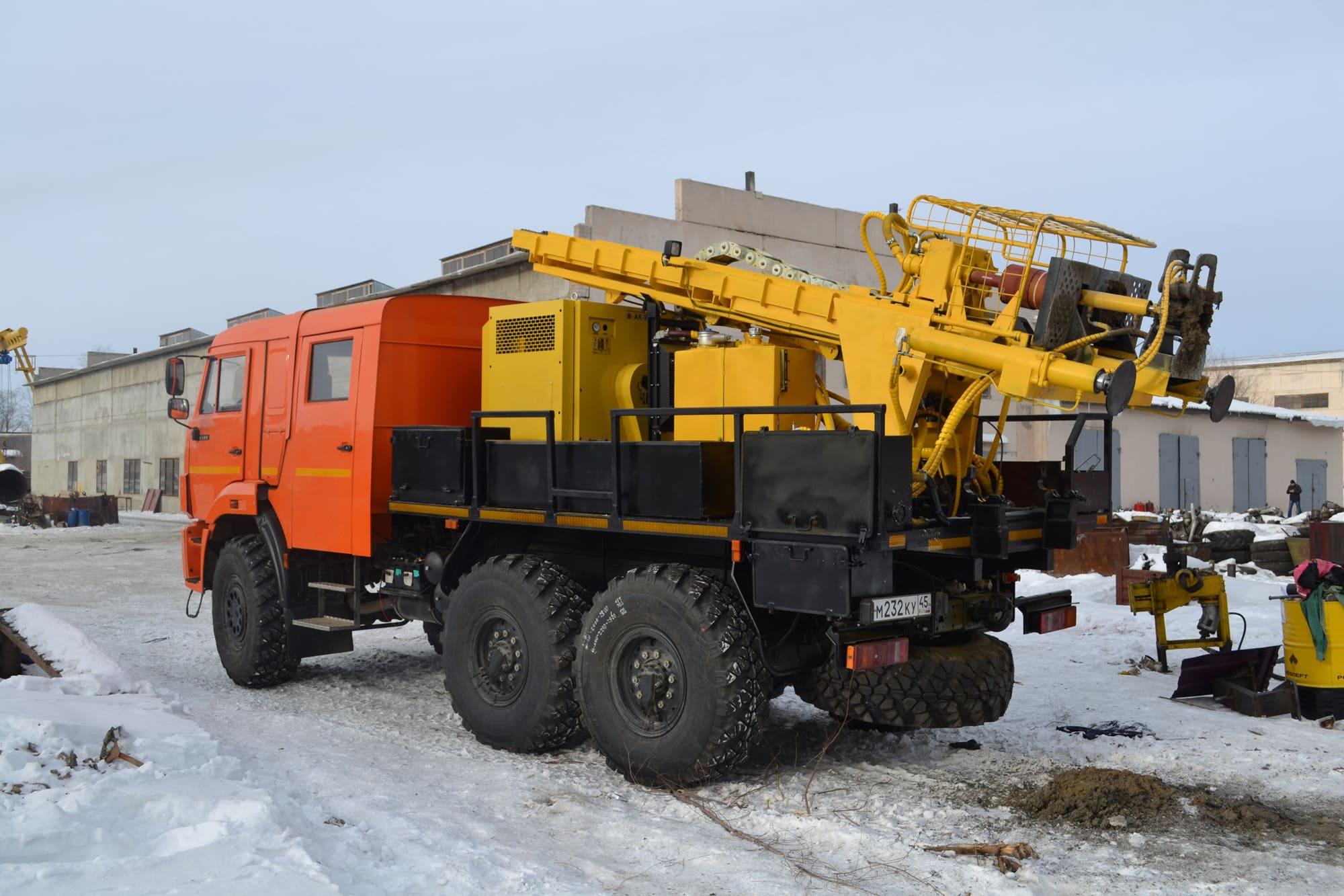 Установка буровая гидромеханизированная УБГМ-1А на базе КамАЗ-5350