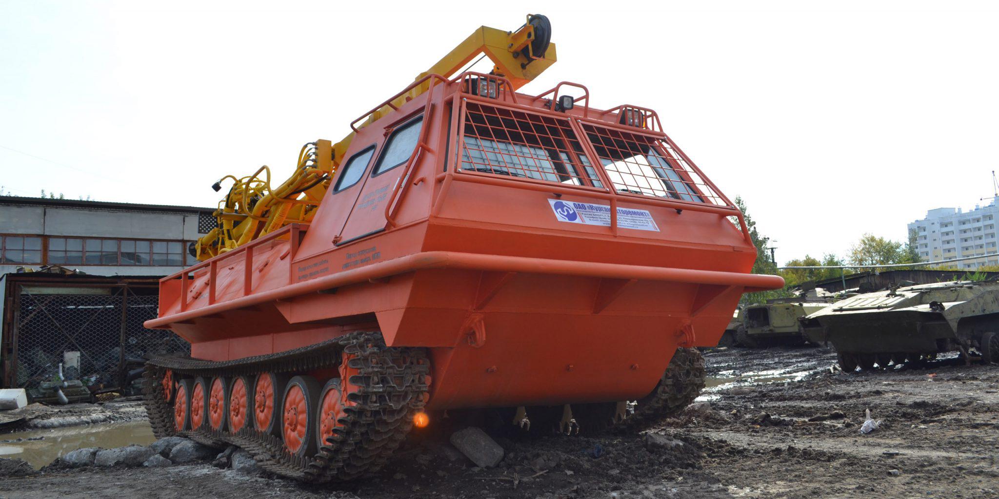 Установка буровая гидромеханизированная УБГМ-1Д с продувкой на базе многоцелевого снегоболотохода КТМ-11В