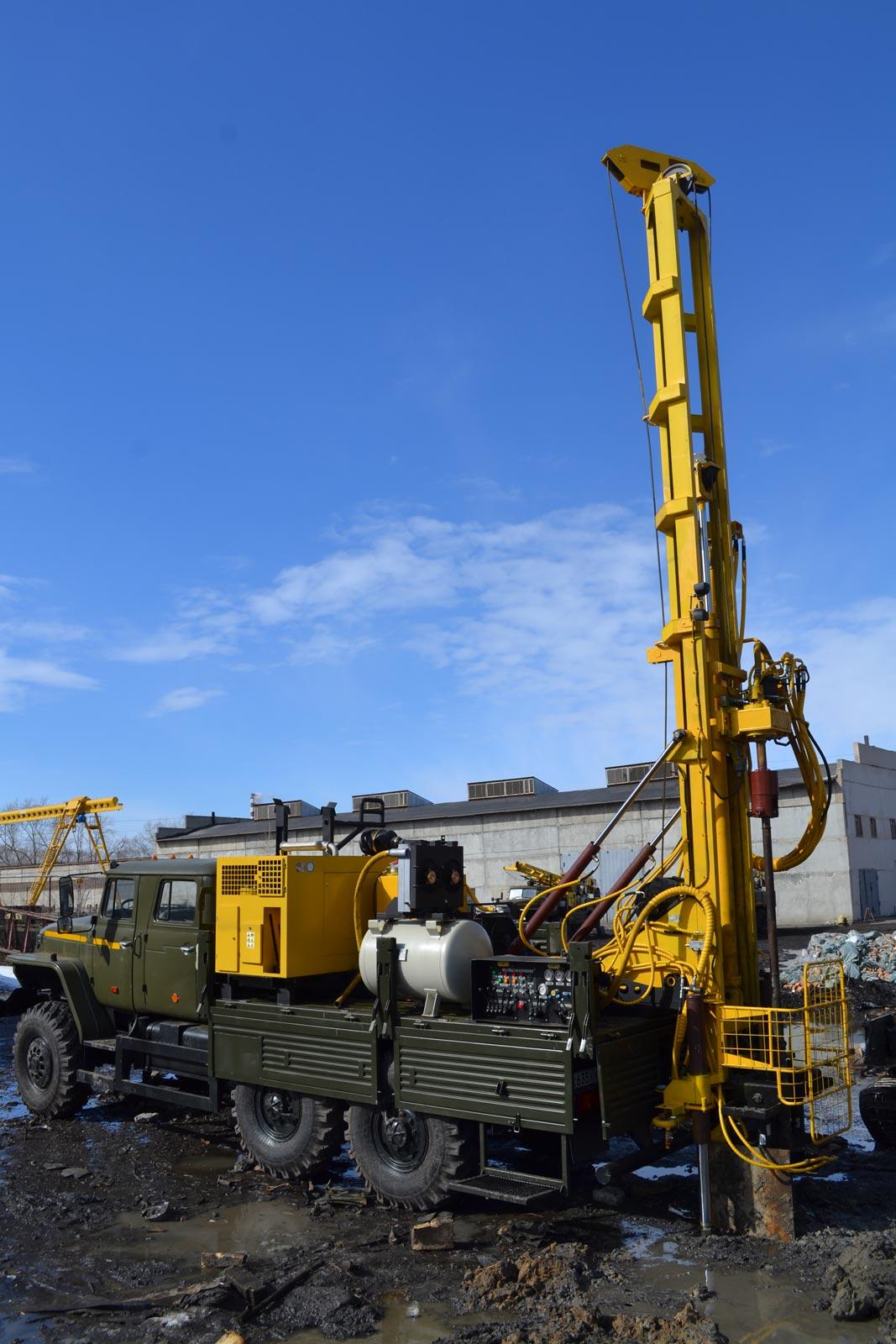 Установка буровая гидромеханизированная УБГМ-1Д на базе Урал 4320