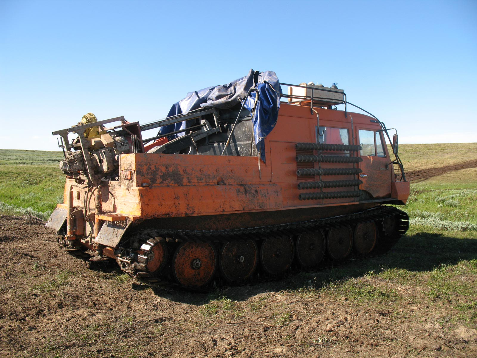 Установка буровая шнековая малогабаритная УБШМ-1-20 на базе ТТМ-3902