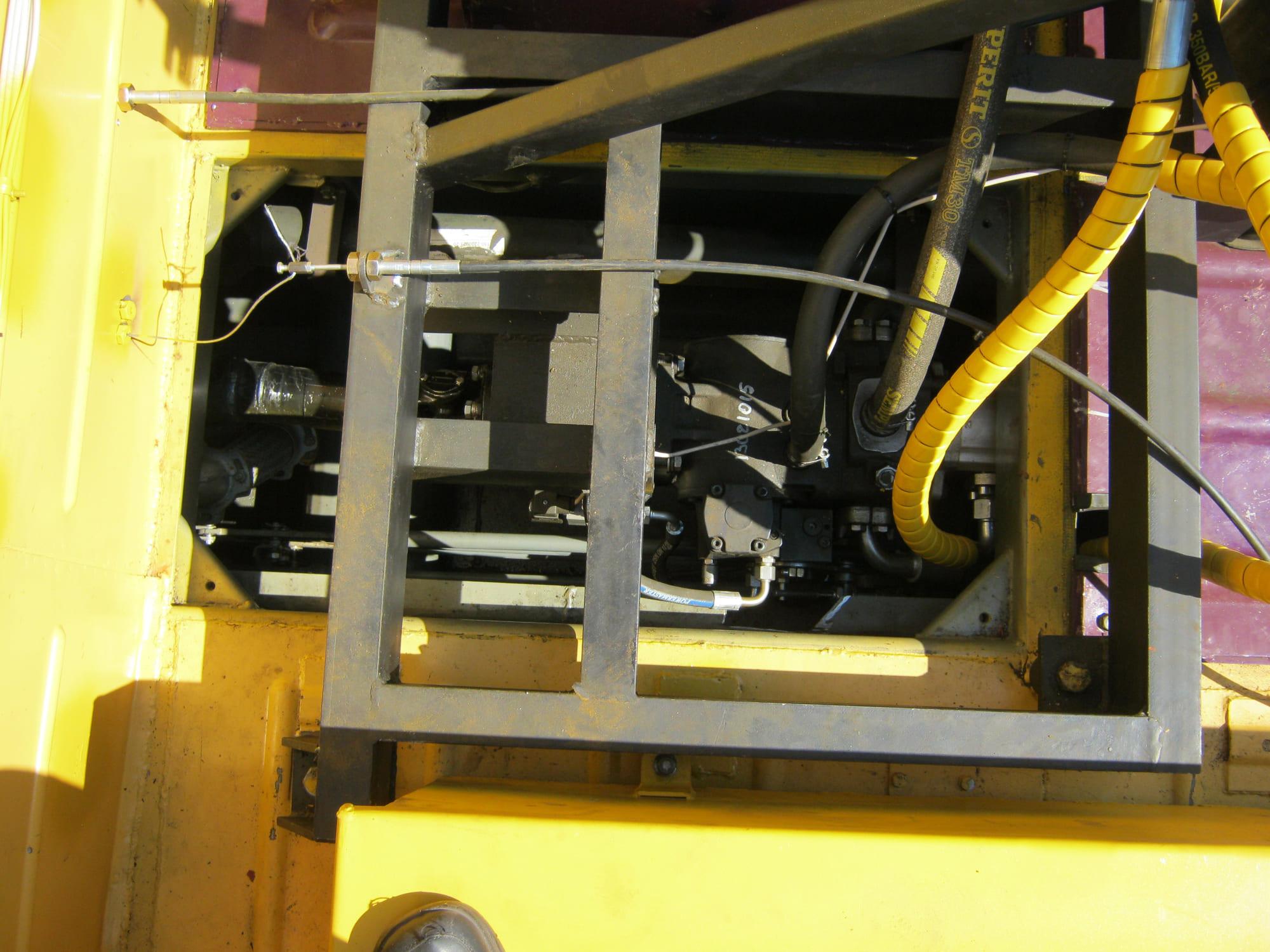 Установка буровая гидромеханизированная УБГМ-1А на базе ТМ-140