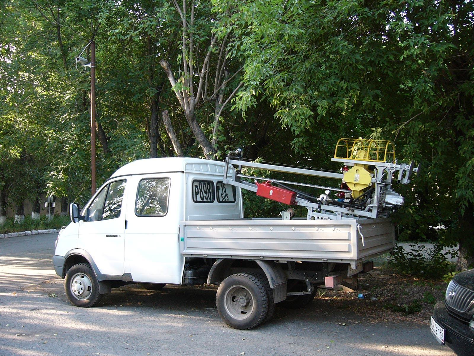 Установка буровая шнековая малогабаритная УБШМ-1-20 на базе ГАЗ ГАЗель Фермер