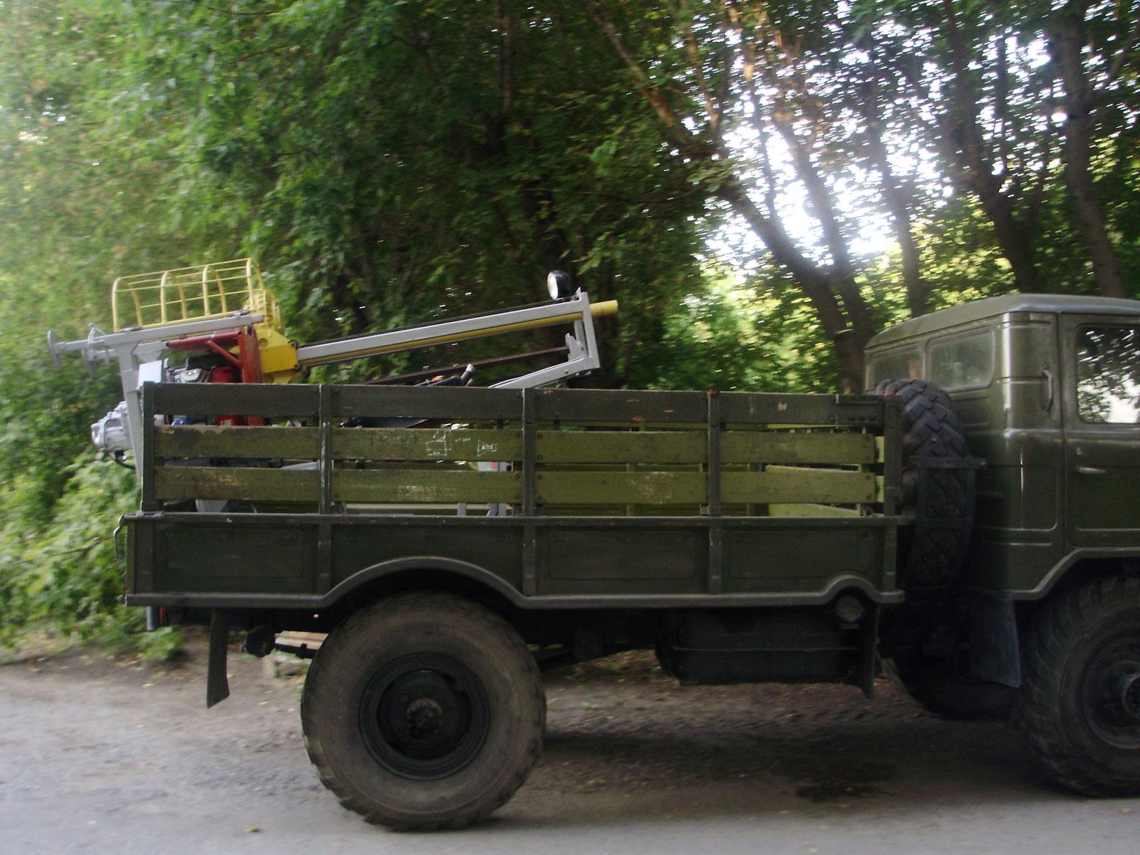 Установка буровая шнековая малогабаритная УБШМ-1-20 на базе ГАЗ-66